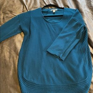 3/4 length sleeved sweater